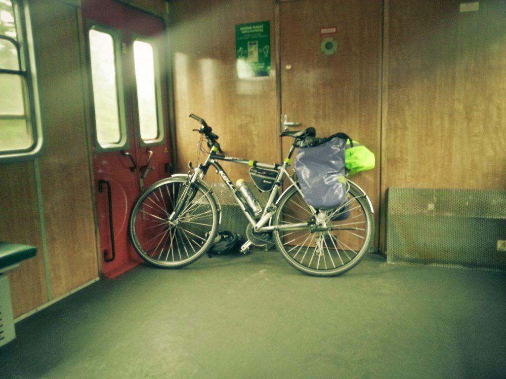 R10 - rowerem w pociągu