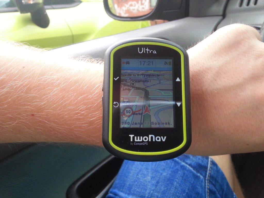Two Nav Ultra - w samochodzie